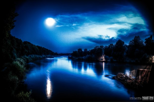 river_by_night_by_c_r_munich-d5edors